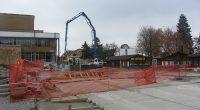 Продължават ремонтните работи, предприети от Общината в района на пешеходната зона Ларгото, пред ДНА, като пореден етап от благоустрояването и обновяването на централната част на града ни. В участъка между […]
