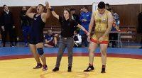 """Пет медала спечелиха борците на """"Рилски спортист"""" от турнира за кадети и юноши за купа """"Самоков"""", състоял се на 16 ноември в залата на СУ """"Никола Велчев"""". Най-добре от нашите […]"""