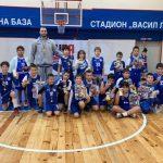"""10-годишните баскетболисти на """"Рилски"""" участваха в турнир в памет на Нино Войнов"""