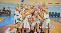 """Наставничката на националния отбор по баскетбол за момичета до 14 г. Маргарита Маринкова взе в тима за предстоящия турнир в Търгу Жиу, Румъния, три състезателки от клубния си отбор """"Рилски […]"""
