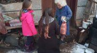 """Близо 700 пакета с хранителни продукти раздадоха участниците в доброволческата група """"Бъди човек"""" на социално слаби жители на Самоковска община. Благотворителната акция бе осъществена в седмицата пред Коледа, когато много […]"""