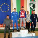 Сребърен и три бронзови медала за борците от държавното първенство за мъже и жени в Сливен