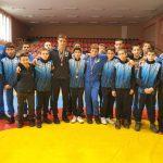 """Борците на """"Рилски спортист"""" с три медала от държавното първенство за момчета в Сливен"""