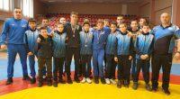 """Два сребърни и един бронзов медал спечелиха състезателите на клуб """"Рилски спортист"""" от държавното първенство по борба класически стил за момчета, състояло се на 21 и 22 февруари в зала […]"""