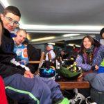 """Любен Боев от """"Монтажи-64"""" дари специална машина на самоковски национали по сноуборд"""