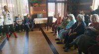"""Участници в детската вокална група """"Камбанки"""" към читалище """"Младост"""" гостуваха на 7 март на обитателите на Дома за възрастни хора """"Хармония"""" по случай Международния ден на жената. """"Благодарим за поканата! […]"""