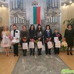 Наградиха десет самоковки навръх Осми март