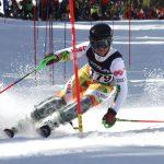 Скиорът Атанас Петров с нови призови класирания в италианските Алпи