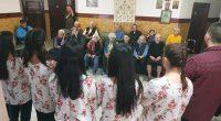 """И обитателите на Дома за стари хора """"Сем. д-р Калинкови"""" се потопиха в празнична атмосфера в началото на март. В първия ден от новия месец те бяха посетени от подрастващите […]"""