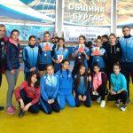 """Състезателките по борба на """"Рилски спортист"""" с четири медала от държавното в Бургас"""