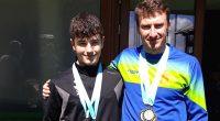 """Биатлонистът Деян Разложки спечели две сребърни отличия в последните три старта от държавното първенство, състояло се в края на март на Белмекен. Състезателят на клуб """"Боровец"""" с треньор Мирослав Кенанов […]"""