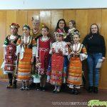 Пет млади лазарки възвестиха християнския празник в Продановци