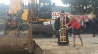 Най-после, след дългогодишно очакване, на 17 април край Дупница бе даден стартът на основния ремонт на шосето от този град до Самоков. Ще бъдат реконструирани общо 32.5 км. Както е […]