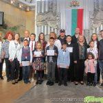 Ротари клуб награди 11 самоковски ученици, връчва премии и на деца от Цариброд