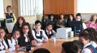 """Учители от немския град Потсдам гостуваха в края на миналата седмица в Самоков във връзка с изпълнението на образователния проект за пестене на енергия в училищата """"Мост между действията за […]"""
