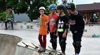 """Общо 30 деца и младежи, включително 8 от София, участваха в първия кръг на градския шампионат на Самоков по скейтборд, състоял се в скейт зоната на парк """"Крайискърец"""" навръх детския […]"""
