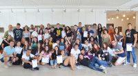 """Общо 50 младежи от Испания, Италия, Румъния, Северна Македония и България получиха сертификати за успешно участие в младежкия обмен, осъществен в Самоков от 2 до 7 септември по програма """"Еразъм […]"""