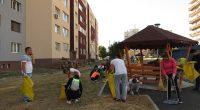"""Доста млади хора и деца участваха в обявения за събота, 14 септември, ден за хигиенизиране под надслов """"Да изчистим България заедно"""". На призива на младежите откликнаха и родители, дори малки […]"""