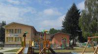 """Основен ремонт на оградата на детска градина """"Самоково"""" предстои. За участие в обявената обществена поръчка за избор на изпълнител документи са подали четири фирми: """"Божков Билд"""", Сиби Билд"""", """"Данаила Билд"""" […]"""