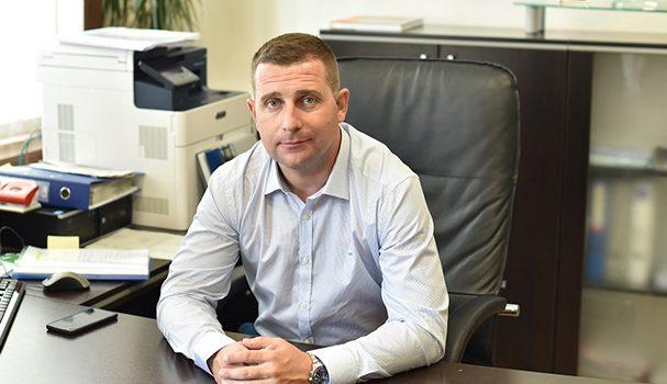 """Инж. Ангел Джоргов, който е със самоковско потекло, стана заместник-кмет по строителството на Столична община.Новият софийски зам.-кмет е доктор по подземно строителство. От 2008 г. работи в общинското дружество """"Метрополитен"""" […]"""