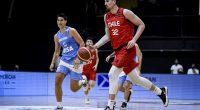 """Центърът на """"Рилски спортист"""" Николас Карвачо изигра много силен двубой при загубата на Чили от Аржентина с 61:67 в квалификациите за първенството на Америка през 2022 г.23-годишният състезател бе пълен […]"""