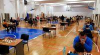 """След продължително прекъсване в града ни отново се игра шахмат на високо ниво. Победител в организирания турнир на 24 и 25 октомври в хотел """"Арена"""" стана международният майстор и шампион […]"""