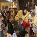 Епископ Поликарп отслужи литургия в Митрополитската черква